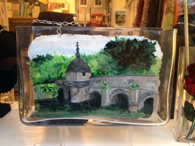 bradford town bridge glass art vase