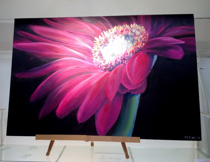 Oil on board painting of a flower by Serena Pugh