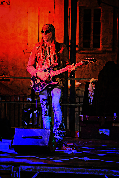 Rock n Roll - taken in Monsegur town square in France