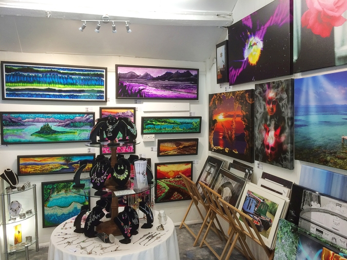 serenarts gallery with new paintings and canvases