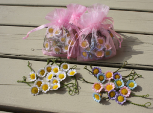 serenarts-gallery-daisy-chains-for-festivals