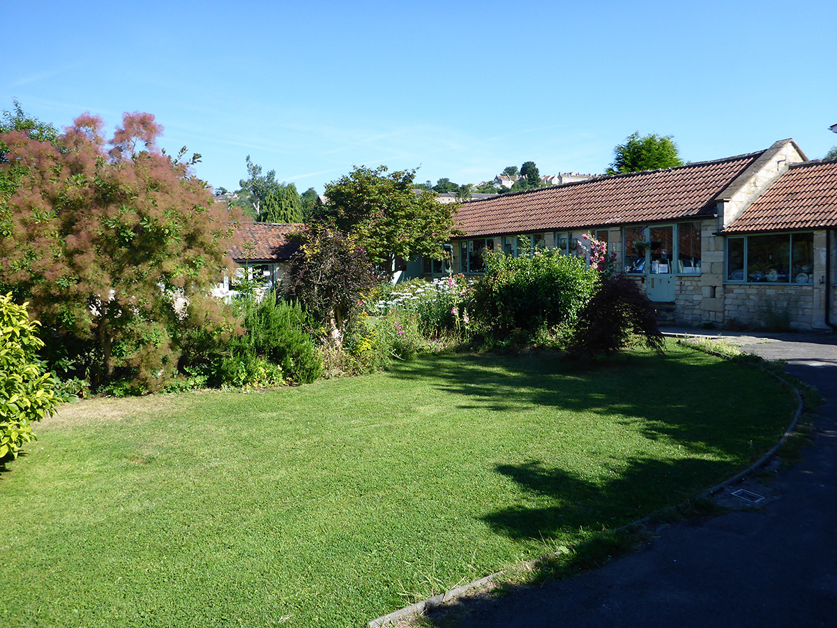 serenarts gallery garden