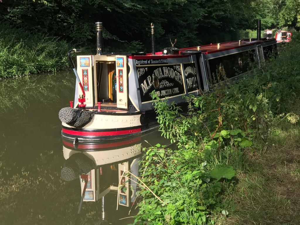 serenarts gallery - narrowboat holidays in bradford on avon