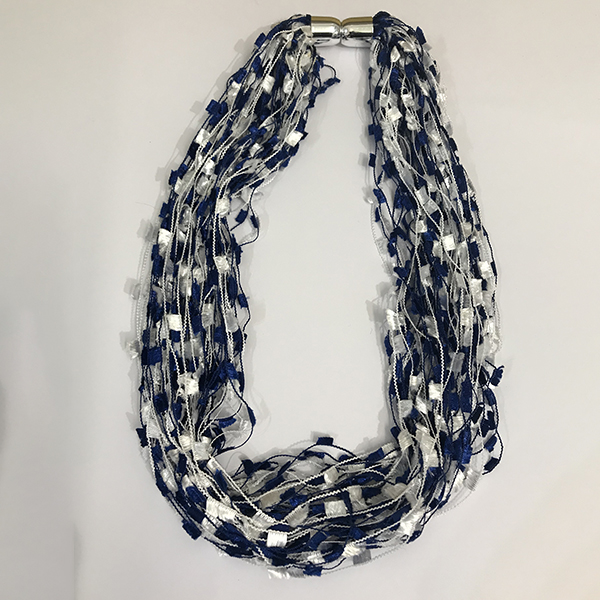 serenarts-gallery-magnetic-scarf-shimmer-3